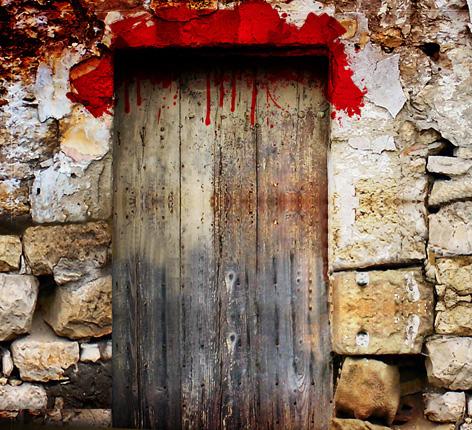 Relembrando a páscoa no século XXI, sangue nos umbrais das portas